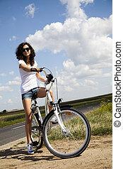 vélo, femme, jeune, équitation
