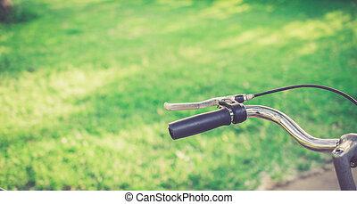 vélo, herbe, champ, à, vide, spcae