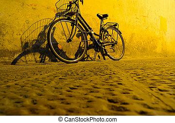 vélo, mur, lumière, sous, jaune, contre, penchant