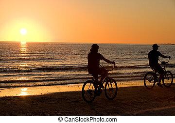 vélo voyageant, ensemble