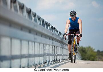 vélo voyageant, route, motard, course