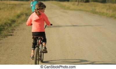 vélos, route, deux, long, équitation, rural, petit, filles