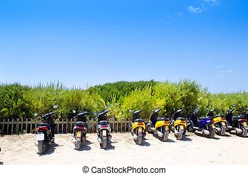 vélos, scooter, formentera, plage, stationnement