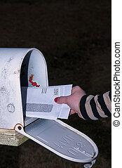 vérification, courrier, femme