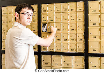 vérification, courrier