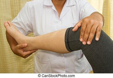 vérification, genou, docteur, jointure
