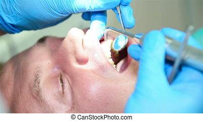 vérification, malade dentaire