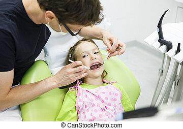 vérification, patient, elle, dentaire, régulier, enfant