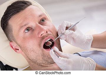 vérification, sien, dentaire, jeune, avoir, homme