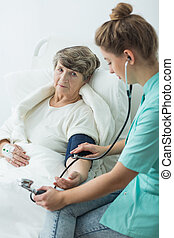 vérification, tension artérielle