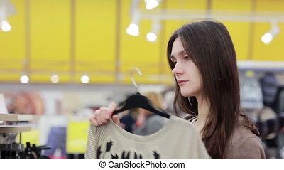 vêtements, femme, jeune, magasin, chooses