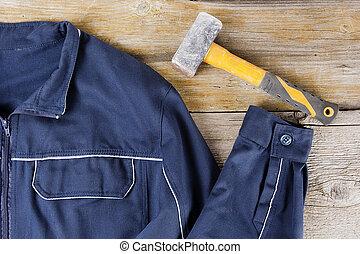 vêtements travail, marteau forgeron
