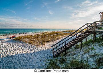 víz, tengerpart homok, ég, színhely