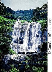 vízesés, ömlő, ki, közül, egy, kő, matheran, maharashtra, india
