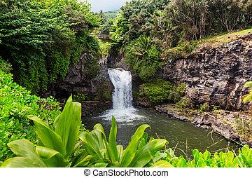 vízesés, hawaii