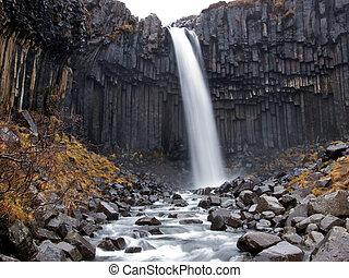 vízesés, izland, svartifoss