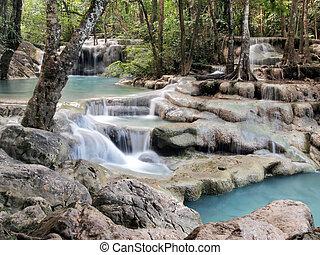 vízesés, kanchanaburi, alatt, thaiföld