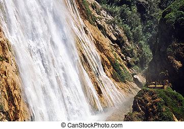 vízesés, mexikó
