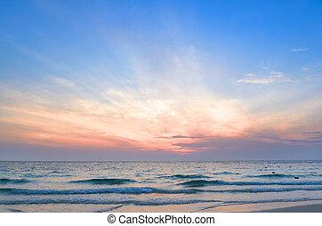 východ slunce, na moři