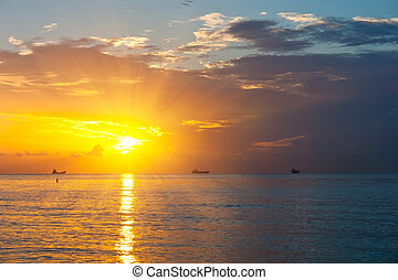 východ slunce, nad, atlanský oceán