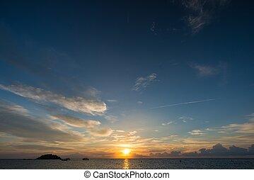 východ slunce, nad, moře