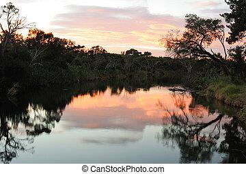 východ slunce, v, řeka