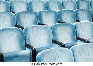 vacío, azul, sillas, en, un, sala de conferencias