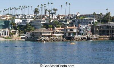 vacances, plage, week-end, vrai, newport, luxe, propriété, maisons, riche, suburbain, usa., beachfront, pacifique, front mer, côte, loyer, océan, propriété, angeles., front mer, los, prime, port, maisons, californie