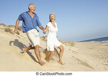 vacanza, coppia, duna, giù, correndo, anziano, godere,...
