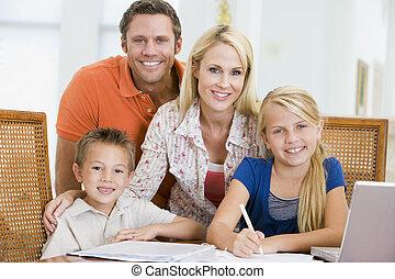 vacarme, ordinateur portable, enfants, jeune, deux, portion, couple, devoirs