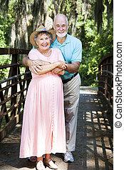 vacationing, coppia, anziano