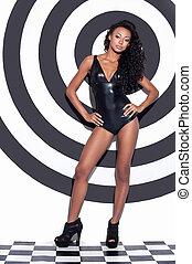 vacker, afroamerikansk, mode, skott, fyllda, avrivet, göra, ung, mot, uppe, glamour, längd, kvinna, framställ, model., bakgrund, frisyr