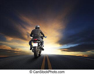 vacker, använda, asfalt, stor himmel, ung, motocycle, hög, mot, tema, cykel, mörk, väg, cyklist, ridande, man, resa, resande