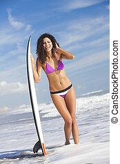 vacker, bikini, kvinna flicka, surfare, &, surfingbräda,...