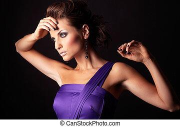 vacker, brunett, mode, violett, sexig, flicka, klänning