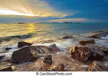 vacker, hav, scape, mot, sunuppsättning, sky, hos, laem, chabung, chonburi, östlig, av, thailand