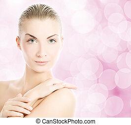 vacker kvinna, över, ung, suddig fond, abstrakt