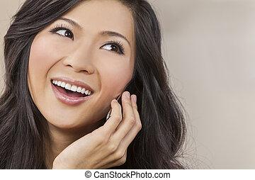 vacker kvinna, kinesisk, talande, mobiltelefon, asiat