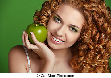 vacker kvinna, lockig, apple., ung, hår, leende glada