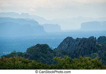 vacker, lanscape, av, kalksten, mountains, efter,...