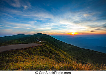 vacker, polis, sky, läger, suk, solnedgång, västra, thailand, chang, gräns, operation, kanchanaburi