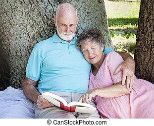 vacker, senior, läsning, par
