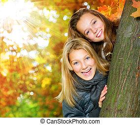 vacker, tonårig, parkera, flickor, .outdoor, höst, nöje, ha