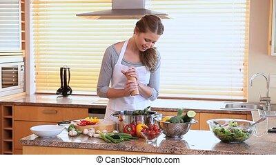 vacsora, nő, előkészítő