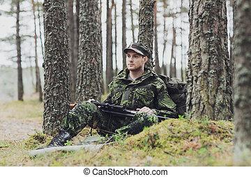 vadász, fiatal, pisztoly, katona, erdő, vagy