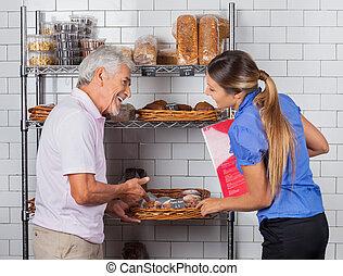 vader en dochter, kopende muffins