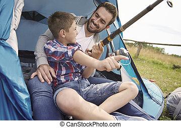vader, en, zijn, zoon, visserij, op, de, kamperen