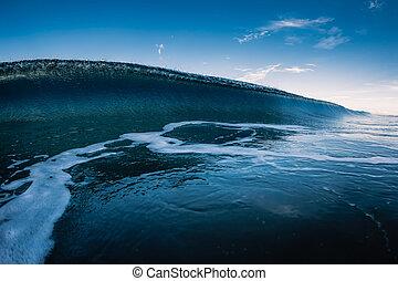 vague bleue, briser, vitreux, océan, sky.