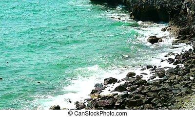 vagues, toqué, rochers, long, gradually, côte, jusqu'à ce...