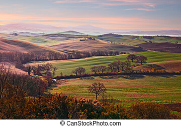 Val d'Orcia, Siena, Tuscany, Italy: landscape at sunrise of ...